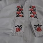 Вышивка крестом на рубашке в Омске