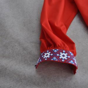 Вышивка на манженатах рубашки в Омске